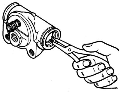 Разборка тормозного цилиндра