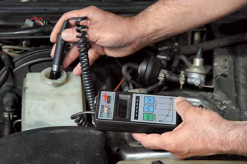 проверка тормозной жидкости прибором