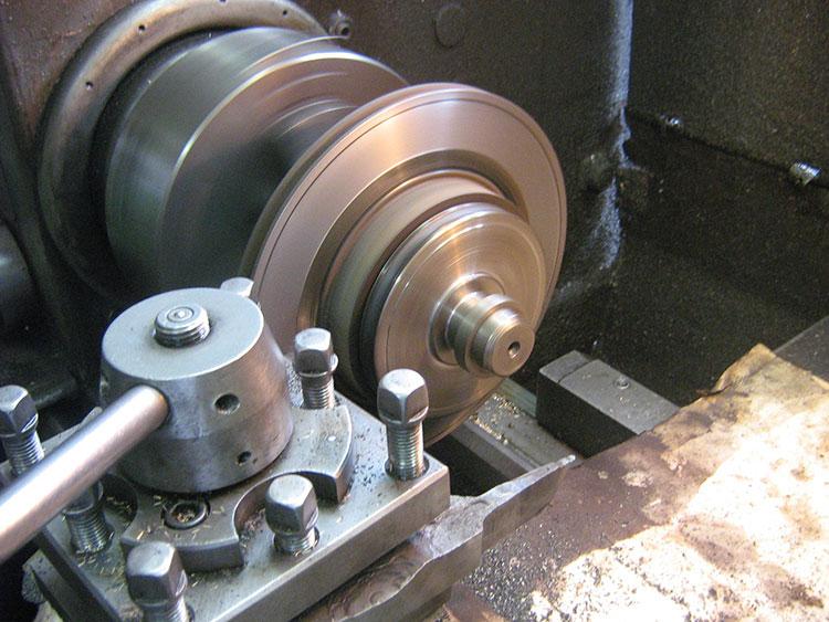 расточка диска на токарном станке